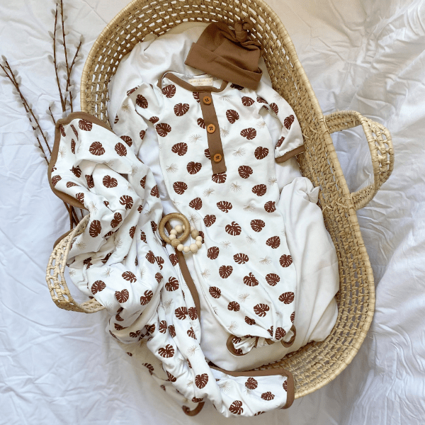 Pipalook Baby Gown Monstera